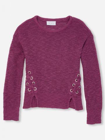 סוודר עם שרוכים איקסים ופתחים בחזית / בנות של THE CHILDREN'S PLACE
