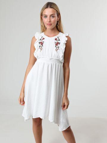 שמלת מיני עם עיטורי רקמות פרחים ומלמלה