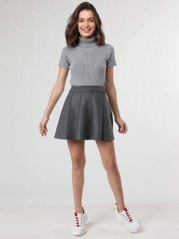 חצאית מיני פליסה סרוגה