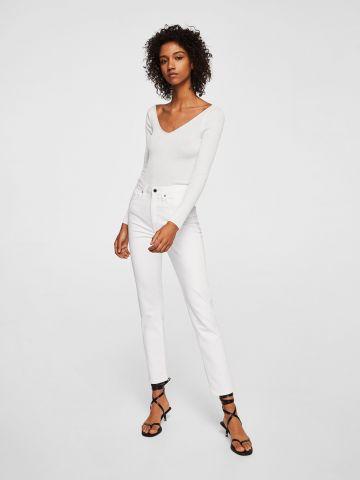 ג'ינס בגזרה ישרה עם מותן גבוה