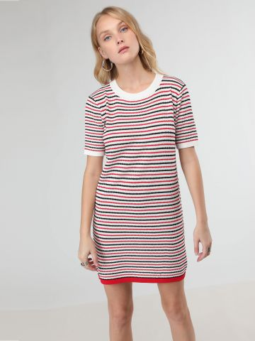 שמלת סריג מיני פסים צבעוניים