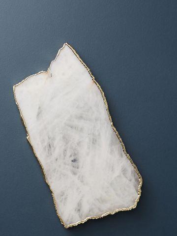 מגש לגבינות מאבן ברקת עם עיטור פס פליז