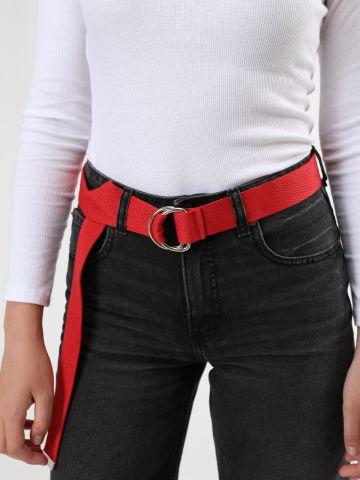 חגורת קנבס עם אבזם חישוקים / נשים