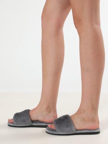 נעלי בית סלייד דמוי פרווה / נשים