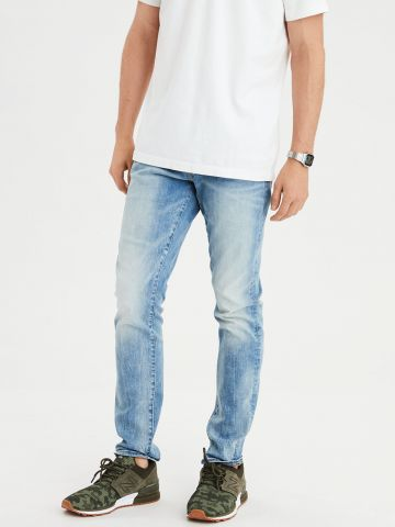 ג'ינס סלים בשטיפה בהירה Next Level Slim