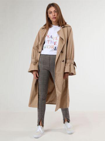 מכנסיים ארוכים בהדפס משבצות עם שסעים