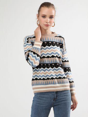 סוודר בהדפס גיאומטרי צבעוני