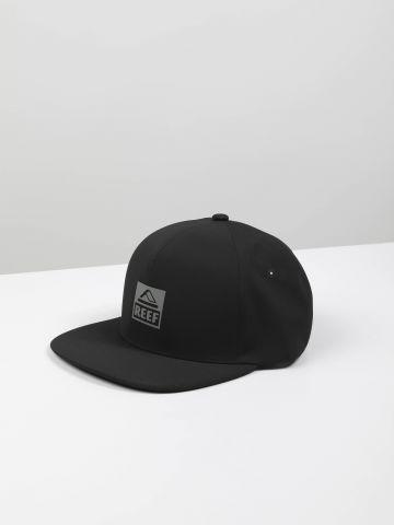 כובע מצחייה לוגו