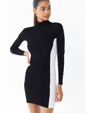 שמלת ריב מיני קולור בלוק מונו UO
