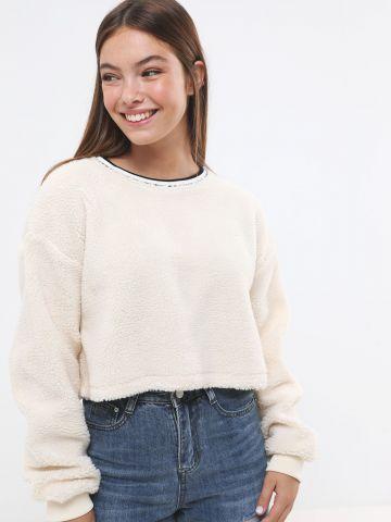 סוודר קרופ דמוי צמר