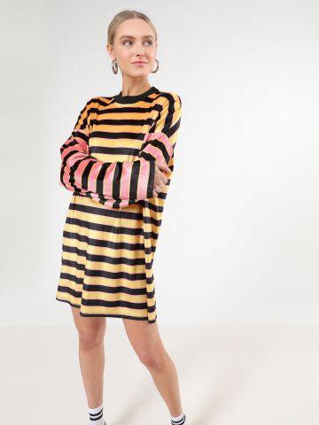 שמלת קטיפה מיני בהדפס פסים