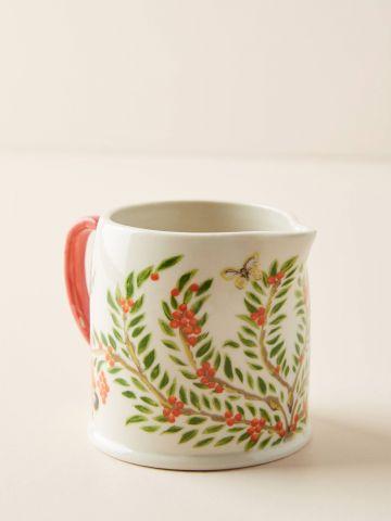 כוס פורצלן להגשת חלב עם עיטורי פרחים