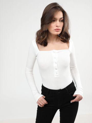 בגד גוף ריב עם מפתח צוואר מרובע