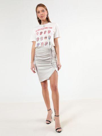 חצאית סאטן מיני עם פס כיווץ