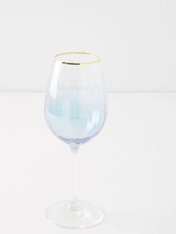 כוס יין גבוהה מקריסטל צבעוני עם שפה מוזהבת