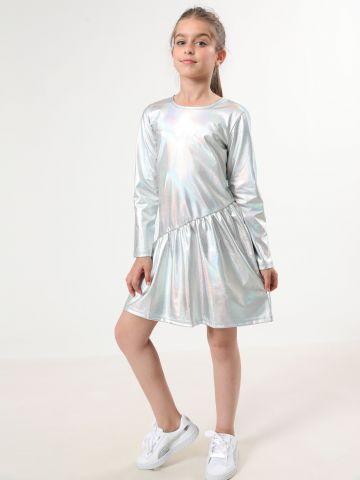 שמלה מטאלית באפקט צבעוני עם מלמלה אסימטרית / בנות