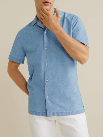 חולצת ג'ינס מכופתרת בשטיפה בהירה