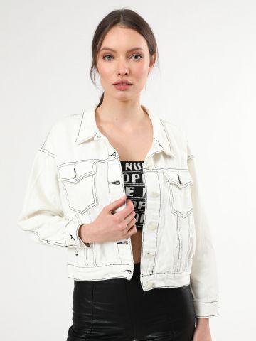 ג'קט ג'ינס עם תפרים בולטים