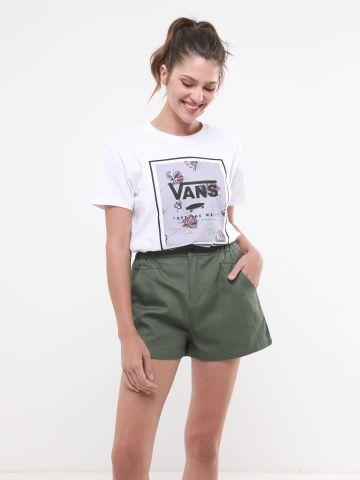 מכנסיים קצרים עם גומי במותן