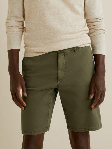 מכנסי ברמודה מחויטים