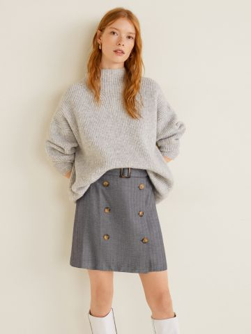 חצאית מיני עם כפתורים וחגורה