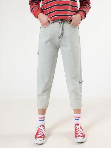 ג'ינס MOM ווש קרופ עם קרעים