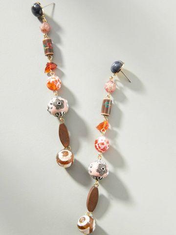 עגילי סיכה נתלים עם חרוזים צבעוניים