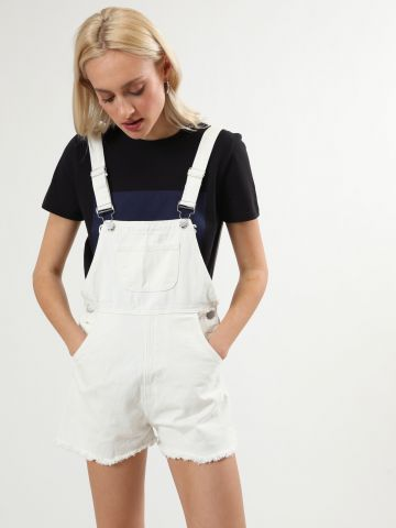 אוברול ג'ינס קצר עם סיומת פרומה