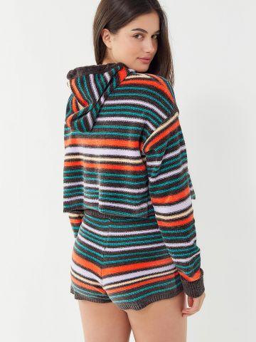 מכנסי שניל קצרים עם פסים צבעוניים Out From Under