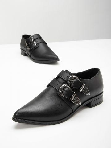 נעלי אוקספורד עם אבזמים / נשים