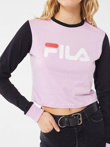 טי שירט שרוולים ארוכים קולור בלוק לוגו FILA X Fleamadonna UO