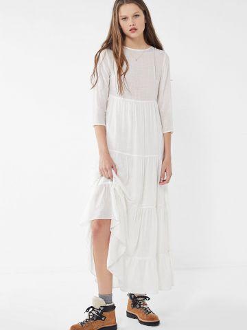שמלת שכבות מקסי עם שרוולי 3/4 UO של URBAN OUTFITTERS