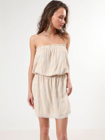 שמלת סטרפלס מיני עם עיטורי רקמה