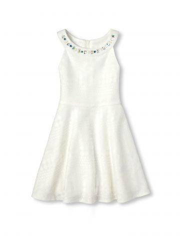 שמלת תחרה עם עיטורי אבנים צבעוניות / בנות