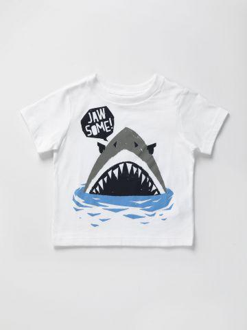 טי שירט עם הדפס כריש / 9M-4Y