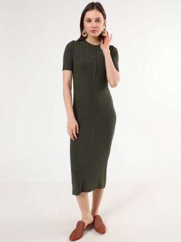 שמלת ריב מקסי עם כפתורים של LOST INK