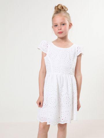 שמלת מיני עם עיטורי רקמה וקשירה בגב