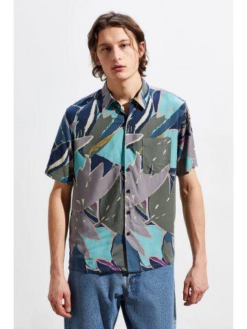 חולצה מכופתרת קצרה בהדפס צבעוני UO