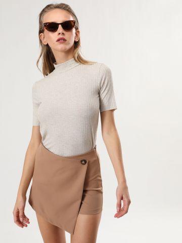מכנסי חצאית מעטפת עם כפתור