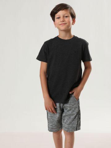 מכנסי טרנינג ברמודה עם גומי לוגו / בנים