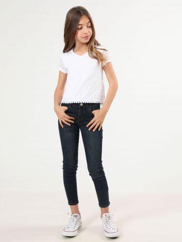 ג'ינס סקיני בשטיפה כהה עם ווש