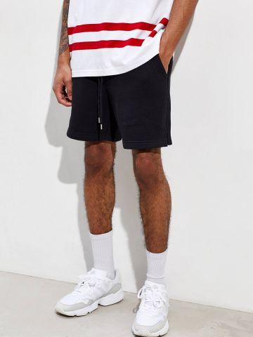 מכנסי טרנינג קצרים עם כיסים UO Lucien