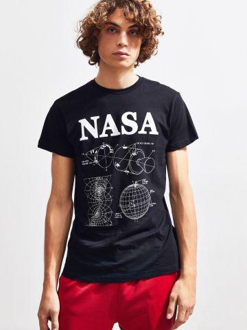טי שירט עם הדפס UO NASA של URBAN OUTFITTERS