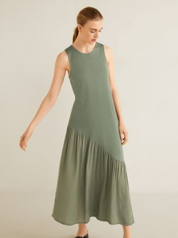 שמלת מקסי עם קפלים אסימטרים ושסע