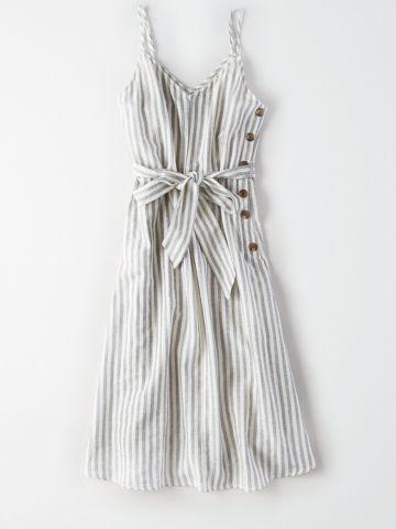 שמלת מידי בהדפס פסים עם חגורת קשירה / נשים