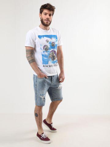 ג'ינס קצר עם ווש וקרעים