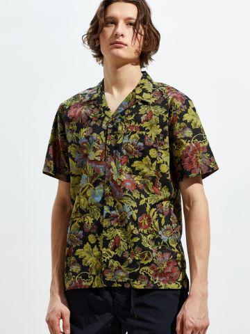 חולצה מכופתרת קצרה בהדפס פרחים וינטג' UO