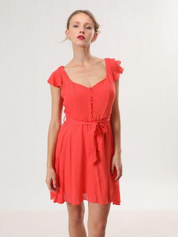 שמלת מיני עם שרוולי מלמלה וחגורת קשירה