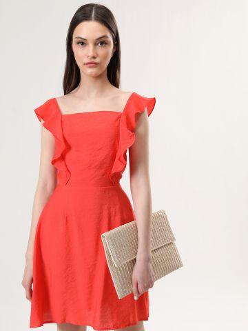 שמלת מיני עם שרוולי מלמלה ורצועות קשירה בגב