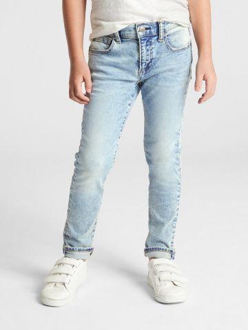 ג'ינס סקיני סטרץ' בשטיפה בהירה / בנים